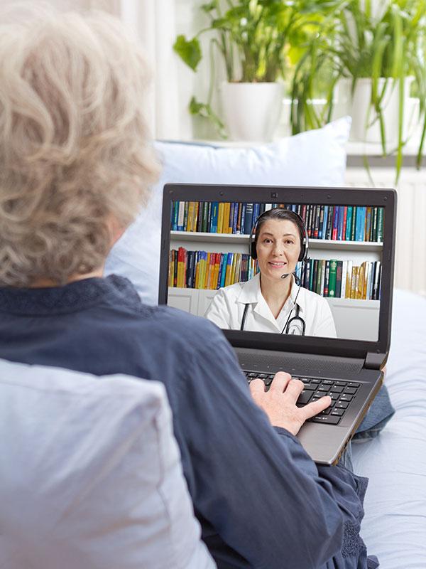 Miami licensed acupuncturist providing Chinese herbal Telemedicine sessions in Florida.